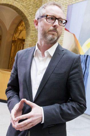 ØNSKER VELKOMMEN: SVs nestleder Bård Vegar Solhjell (SV) .
