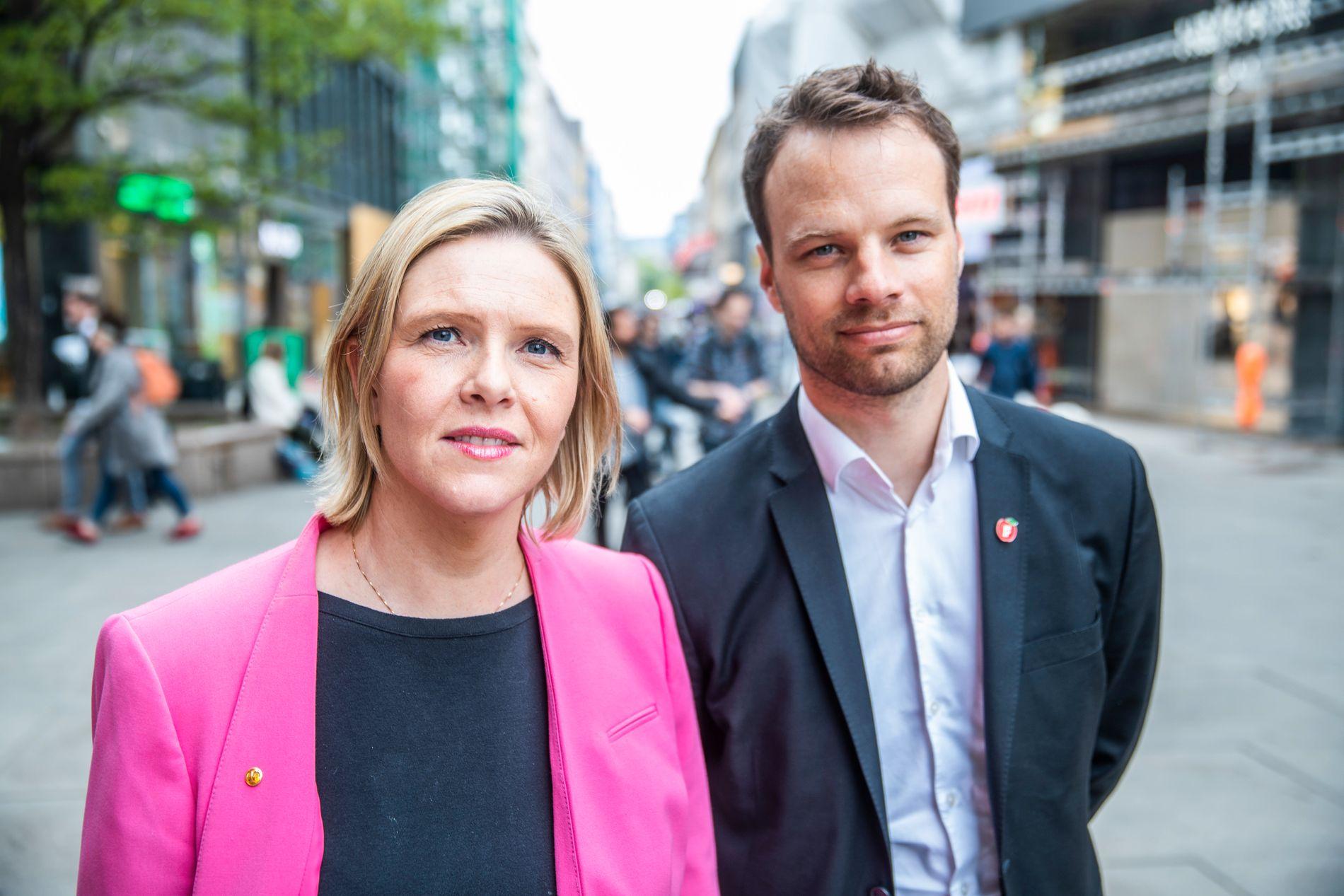 ADVARTE MOT GETTO: Sylvi Listhaug og innvandringspolitisk talsperson, Jon Helgheim, fremmet en rekke tiltak mot det de kaller gettofisering i Norge i slutten av april.