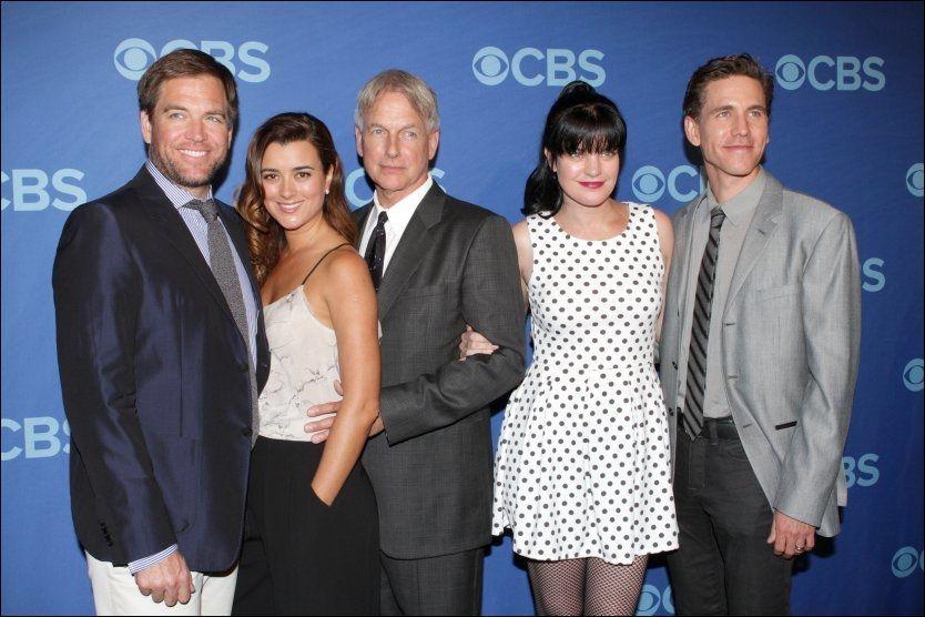 «NCIS»: Skuespillerene i den kjente TV-serien. Fra venstre: Michael Weatherly, Cote de Pablo, Mark Harmon, Pauley Perrette og Brian Diezen. Foto: PA PHOTOS