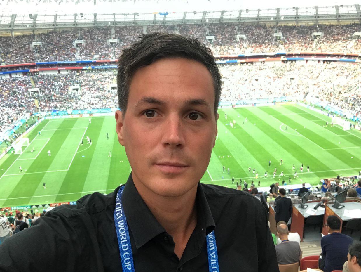 VG I RUSSLAND: Øyvind Brenne fulgte Mexico-Tyskland fra Luzhniki stadiun i Moskva.