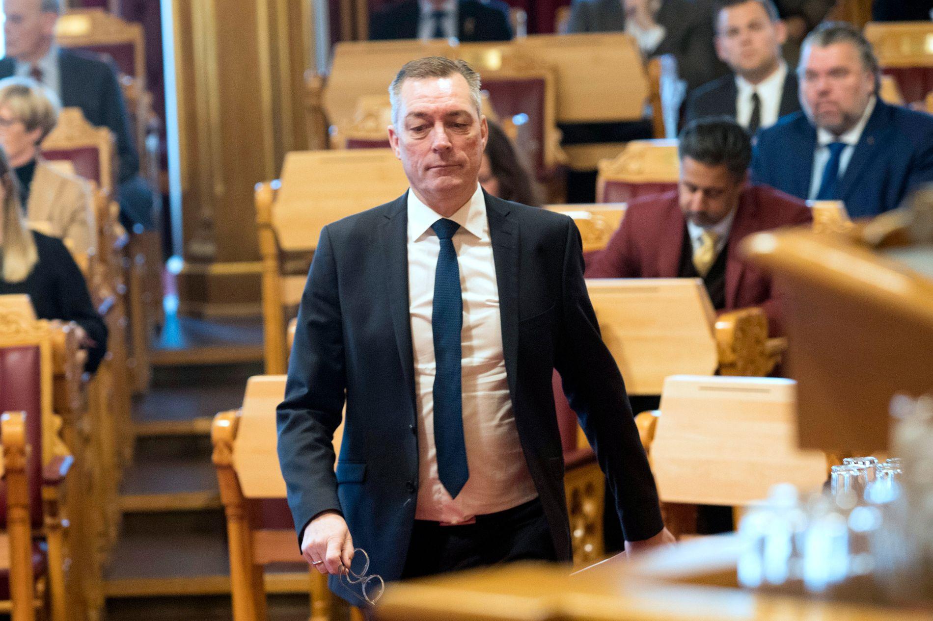 INGSTAD-DEBATT: Forsvarsminister Frank Bakke-Jensen var i Stortinget tirsdag og orienterte om forliset av fregatten KNM «Helge Ingstad».
