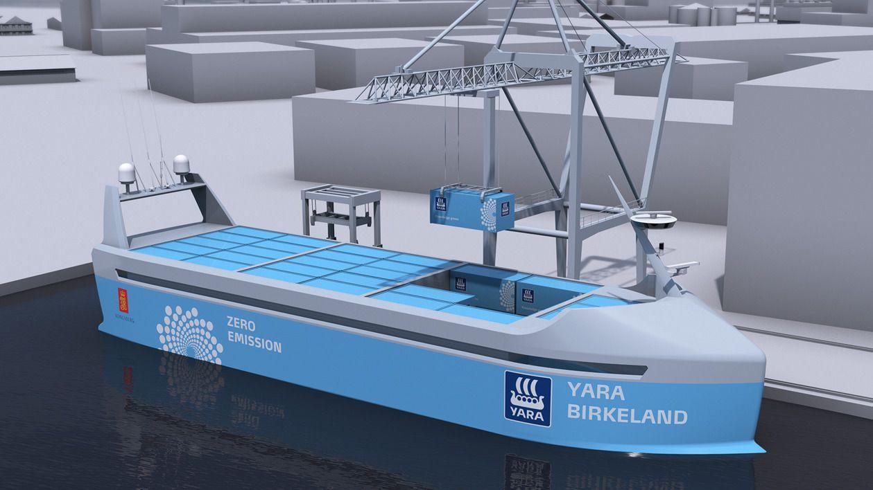MED BATTERI – UTEN KAPTEIN: Yara og Kongsberg Gruppen skal bygge verdens første selvkjørende og utslippsfrie containerskip, kalt «Yara Birkeland». Skipet skal i trafikk allerede neste år, men vil ha mannskap ombord i starten.
