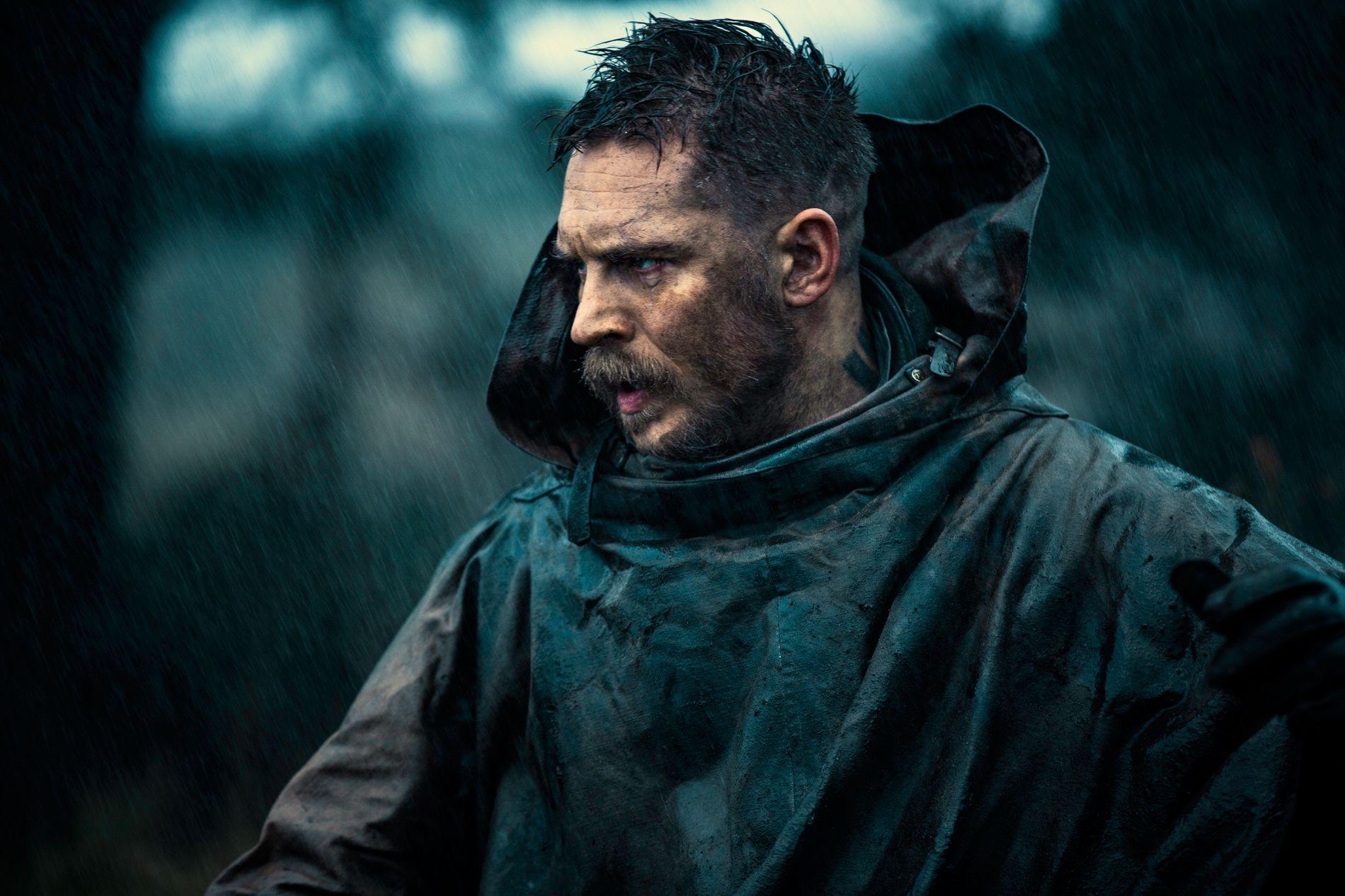 MØRK OG MYSTISK: Tom Hardy i «Taboo». Foto: HBO