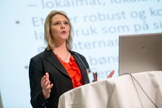 BILTUR: Sylvi Listhaug reiste ikke på lange utenlandsturer da hun var barn.