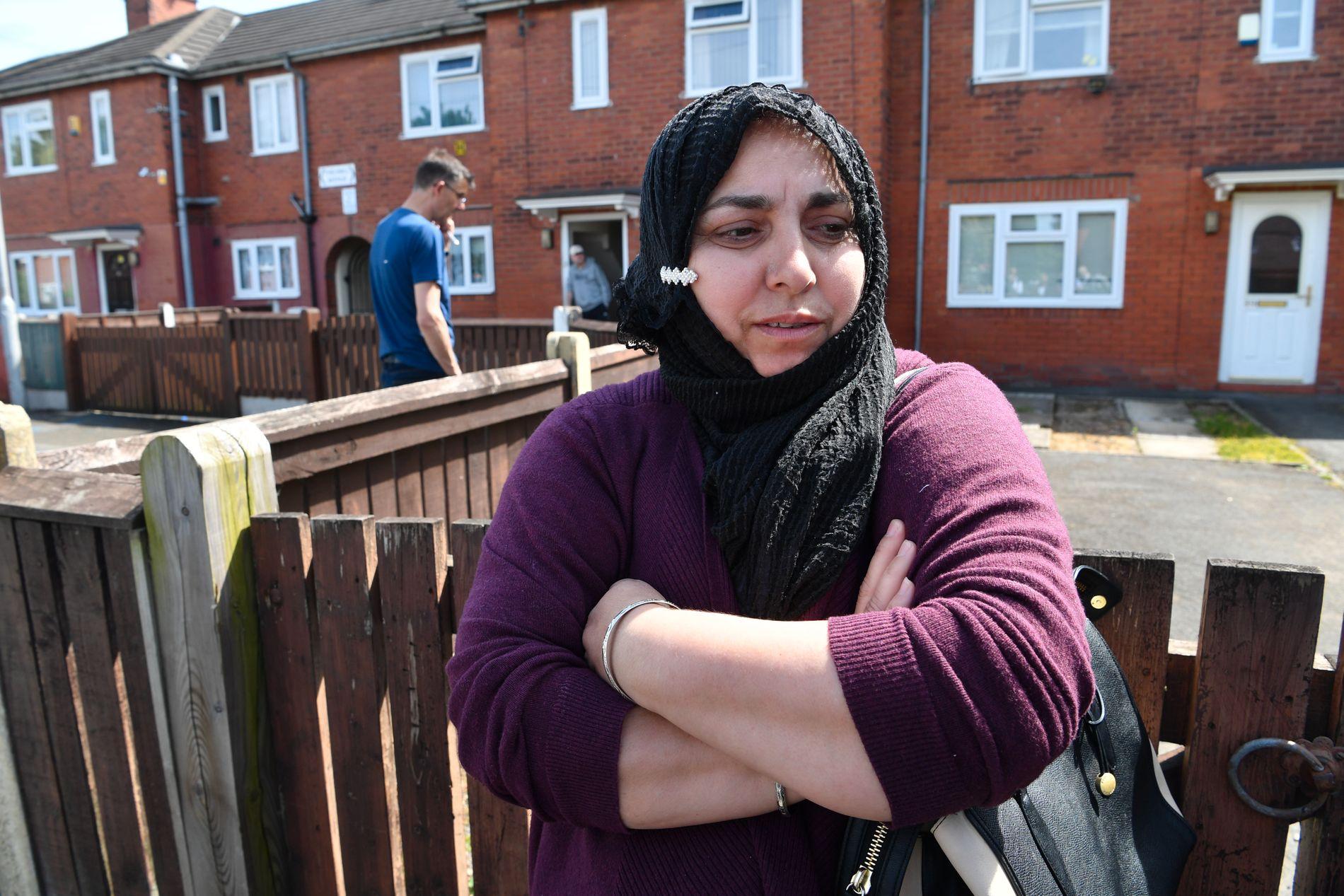 BORTE: Den voksne kvinnen som bodde i huset var hyggelig og jobbet som koranlærer i den lokale moskeen, forteller Farzana Kosur. Hun har møtt henne der flere ganger, men nå har hun ikke sett henne på to måneder.