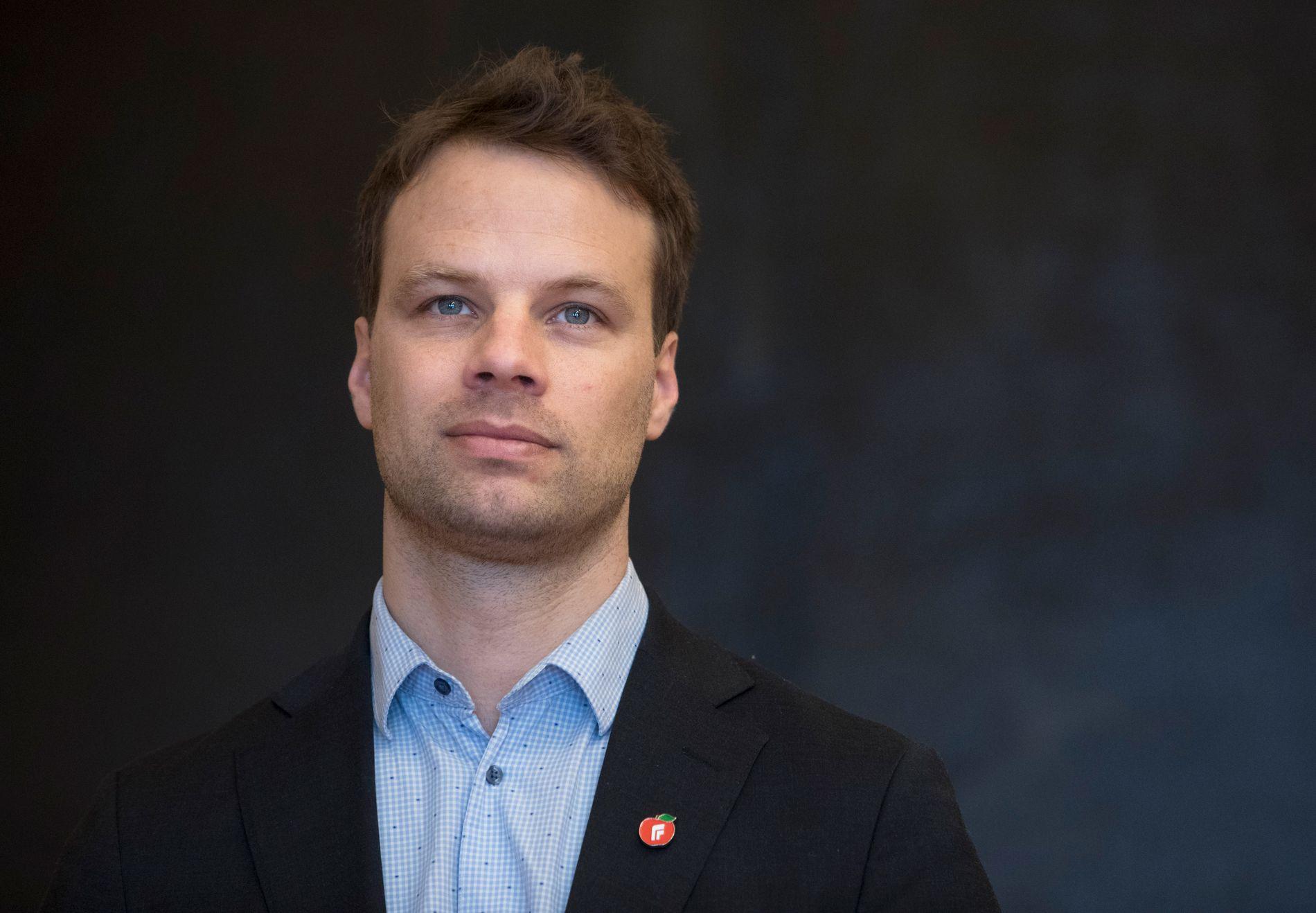Fremskrittspartiets stortingsrepresentant  Jon Helgheim  preker ikke for andre enn de allerede frelste når han argumenterer med biologi mot norsk likestillingspolitikk.
