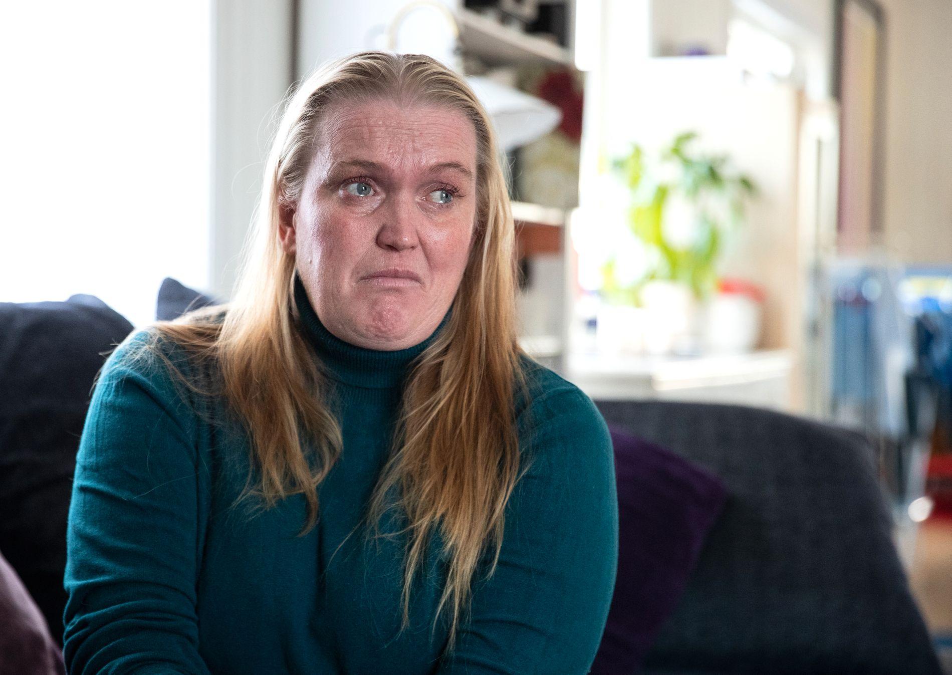 UTSLITT: – Jeg er nødt til å få det pusterommet jeg trenger for å kunne stå i denne situasjonen. Det finnes ingen behandling mot tarmsykdommen. Vi er nødt til å ha en avlastning som fungerer, sier Bakkefjord. Hun og mannen har også to andre barn, som de gjerne skulle hatt mer alenetid sammen med.