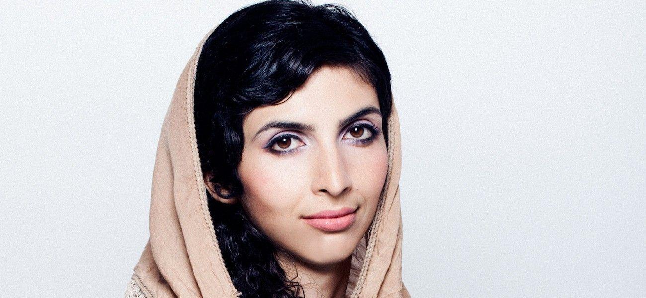 GRÜNDER: – Mitt motto er: «Ikke vent på at noe skal bli bedre, gjør det bedre selv», skriver afghanske Roya Mahboob.