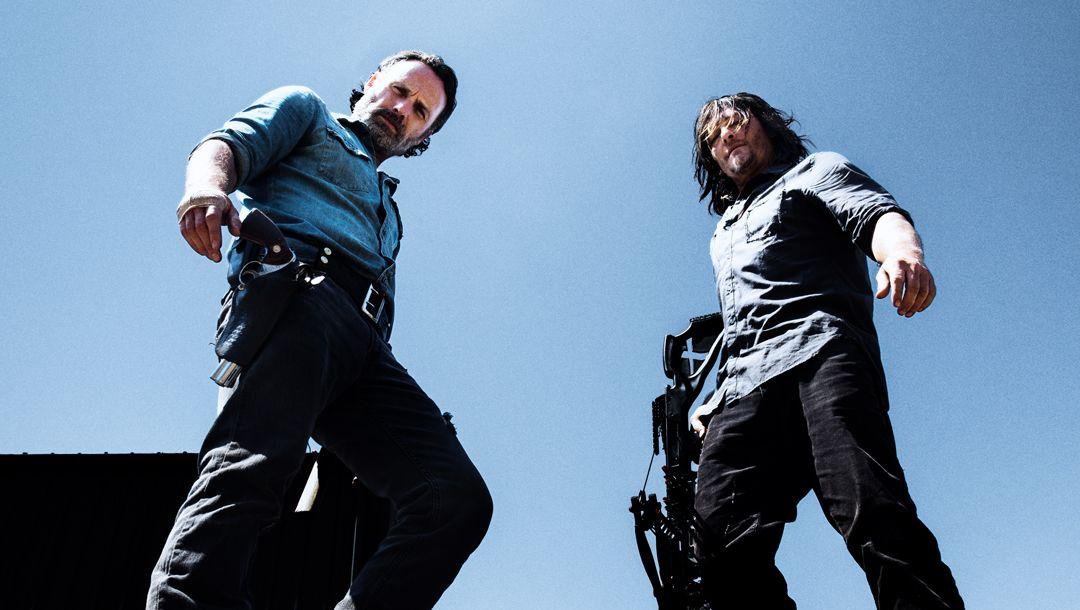 ZZZMIL: Rick og Daryl i sesong 8 av «The Walking Dead». Foto: FOX