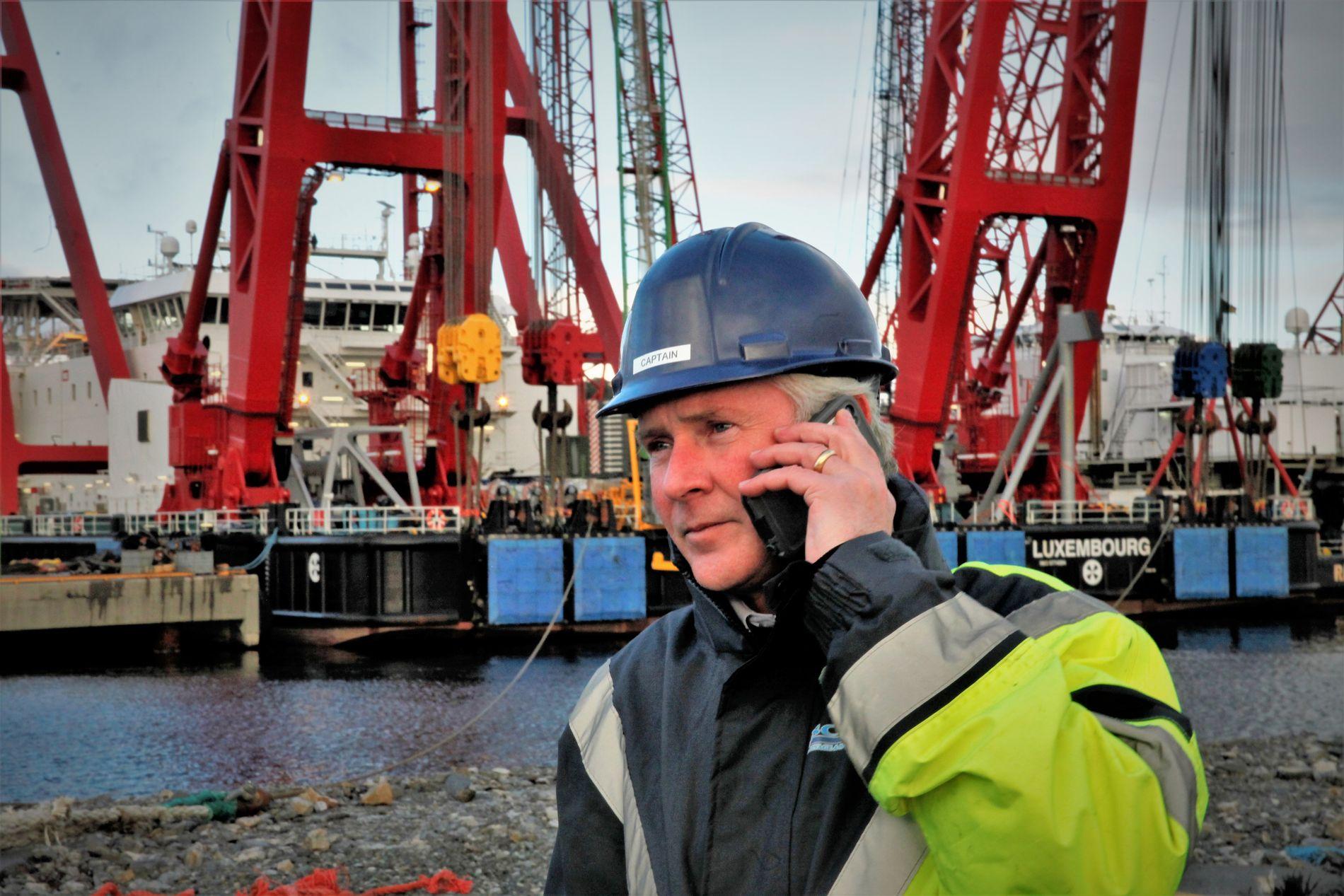 ERFAREN KAPTEIN: Henk Doornheim (45) har arbeidet med tauing og tunge løft til havs i over 25 år. Nå er han klar for å heve KNM «Helge Ingstad».