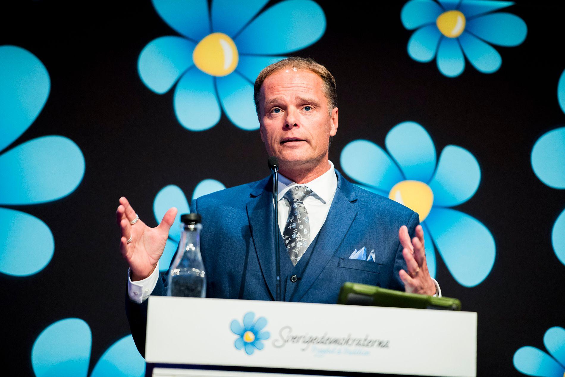 HØYE TAXIUTGIFTER: Skolepolitisk talsmann for Sverigedemokraterna har siden 2014 benyttet seg av regjeringens taxier til private formål.