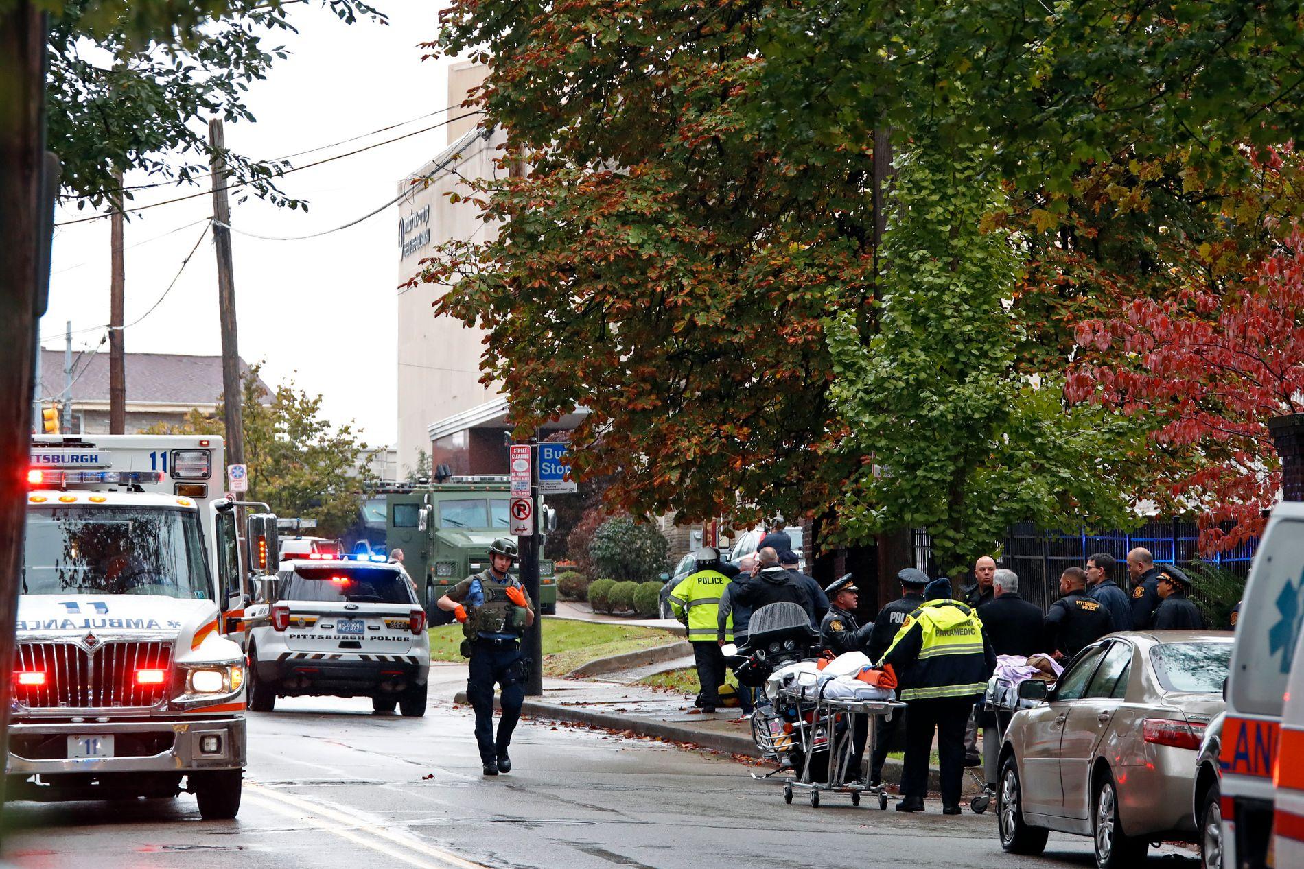 DØDE OG SÅREDE: Flere er drept og såret etter at en mann begynte å skyte inne i Tree of Life-synagogen lørdag morgen.