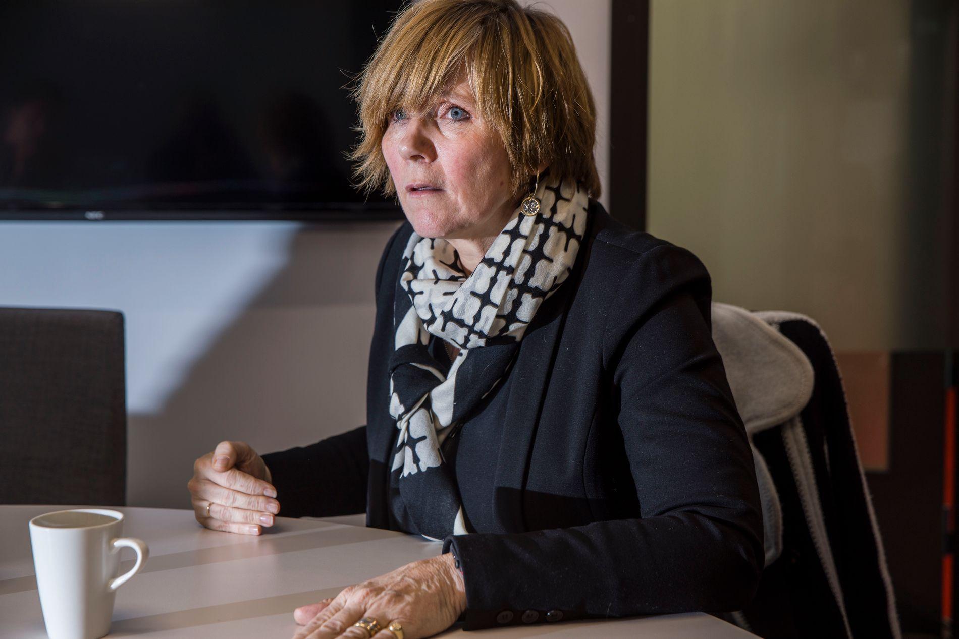 FLYTTE: Tidligere sjef for SSB, Christine Meyer, sier at LO ba henne flytte forskere i byrået.