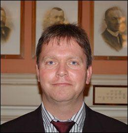 SLÅR RING: Fylkesleder Lars Lindskog i Telemark. Foto: Frp