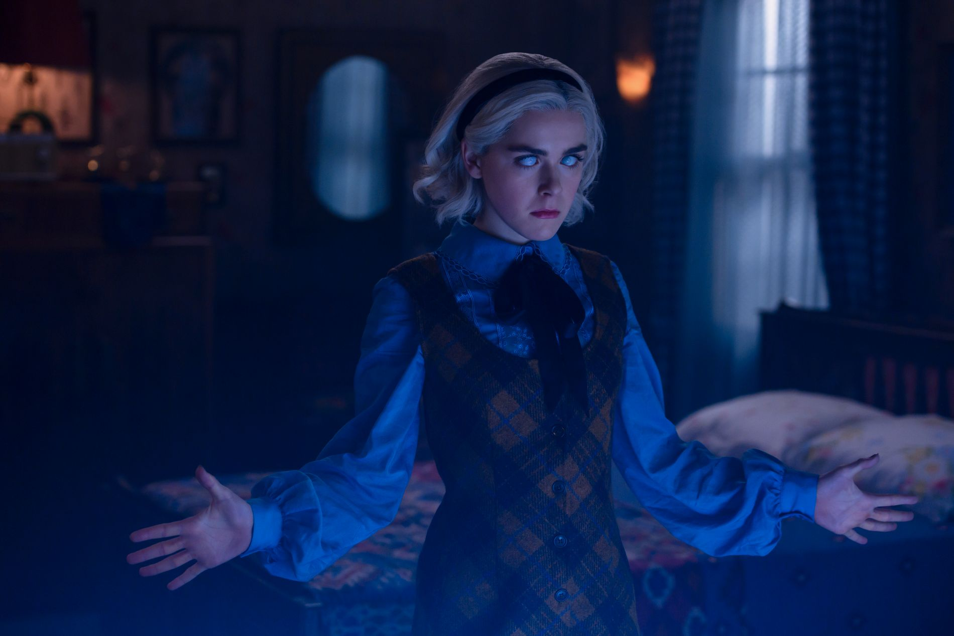 TENÅRINGSHEKS: Kiernan Shipka som Sabrina i sesong 2.