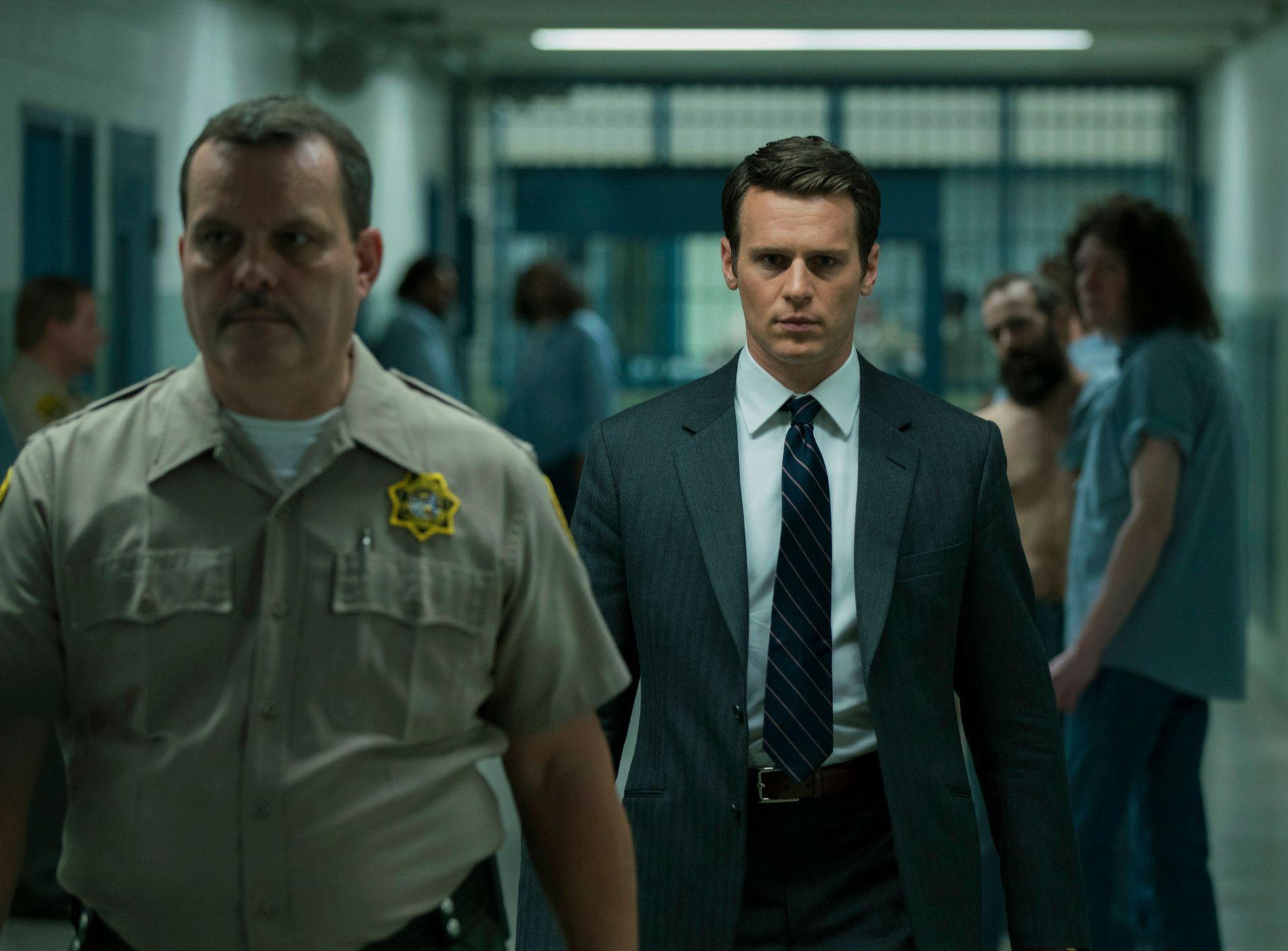 INN I MØRKETS HJERTE: Jonathan Groff på vei til å møte sin første seriemorder i «Mindhunter». FOTO: Patrick Harbron / Netflix.