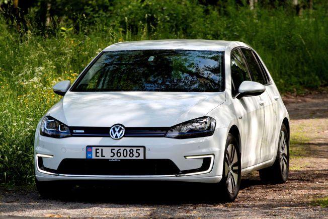 REKKER MYE, MEN IKKE ALT: Rekkevidden er oppgitt til 20 mil, regn med mellom 13 og 19, sier VW, avhengig av temp og kjørestil.