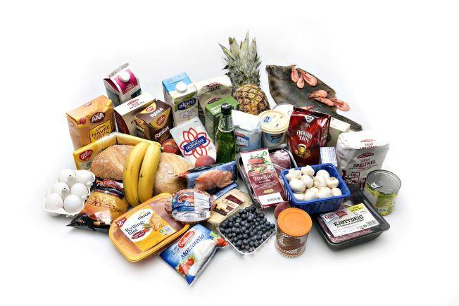 BLE ANBEFALT Å SLUTTE Å SPISE DETTE: Ifølge matintoleranse-testen BioTek burde VG-journalist Marie Kingsrød (21) slutte å spise 45 matvarer som hun «reagerer» på.