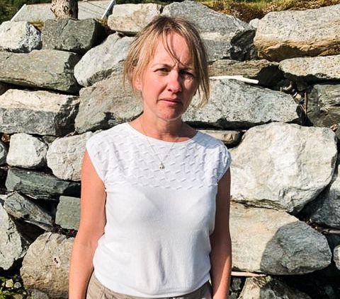 ORDFØRER: - Hele lokalsamfunnet er veldig preget, sier ordfører Gunhild Berge Stang i Fjaler kommune.