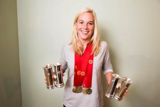 GODE MINNER: Celine Kommandantvold Pettersen har totalt vært med på seks seriemesterskap og fire cuptriumfer.