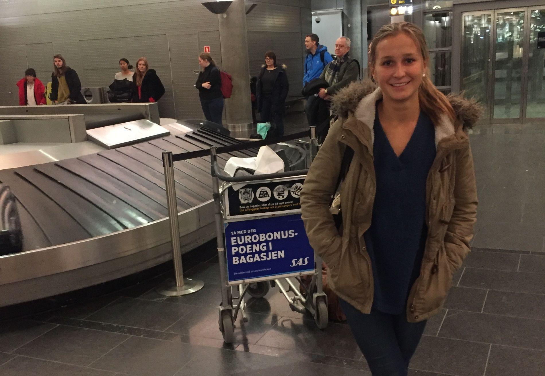 MÅTTE FLY: Heidi Othelie Lund (21) måtte finne en alternativ måte å komme seg hjem fra Danmark på da hun ikke kom ut av landet uten pass.