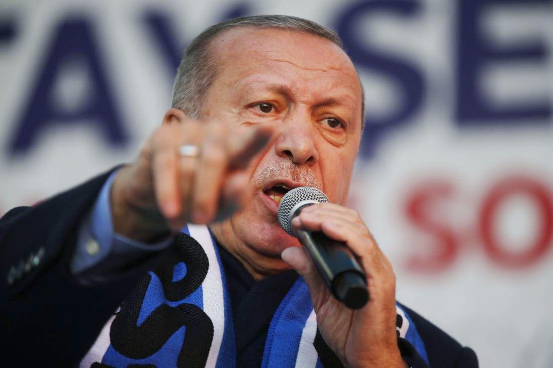 HISSIG: Erdogan har for vane å spille på faren for ytre og indre fiender for å samle sine velgere bak seg. Det har pleid å fungere.