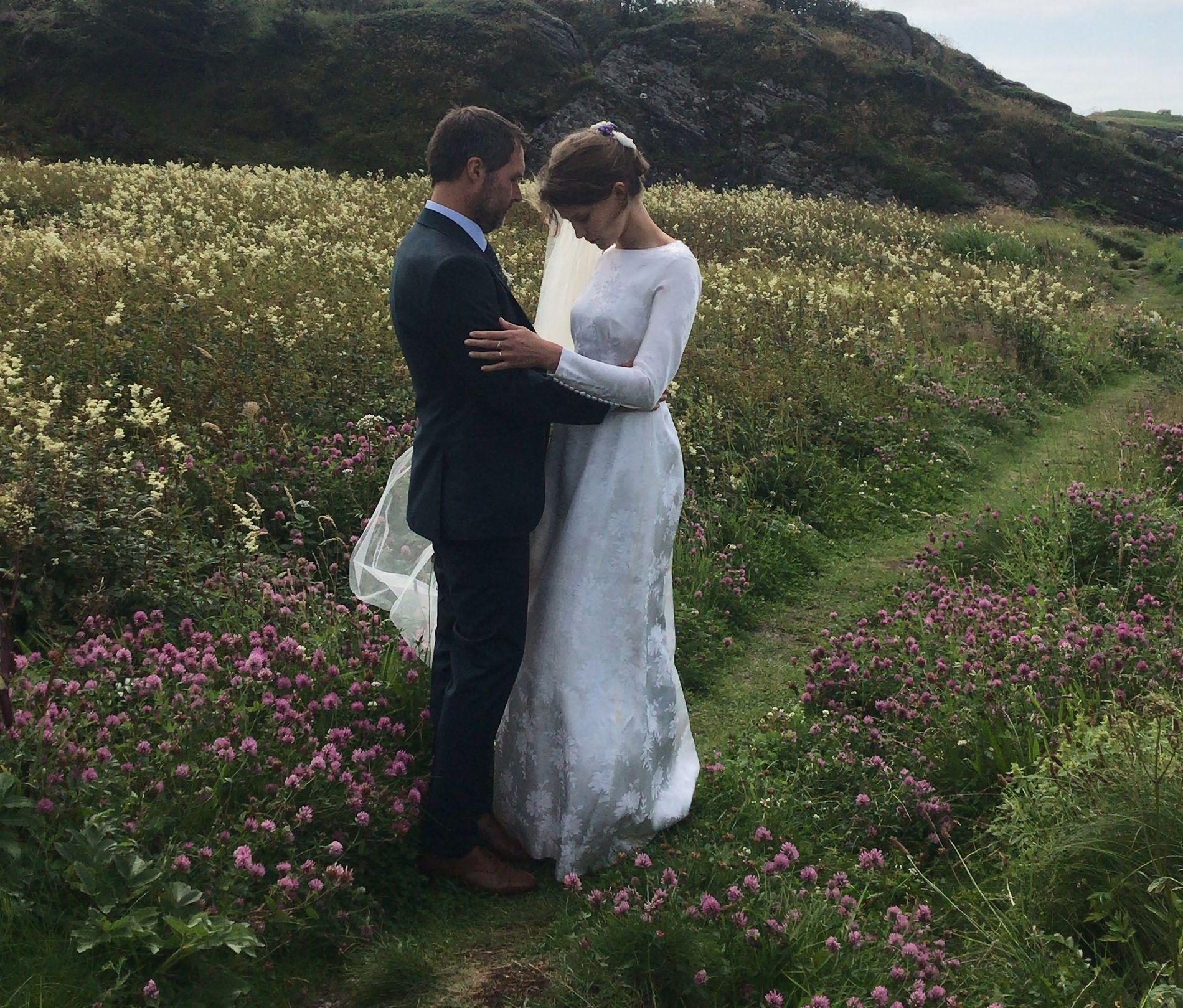 NYGIFT: Etter å ha vært kjærester i syv år takket Stian Kristiansen og Eili Harboe ja til å være kone og mann.
