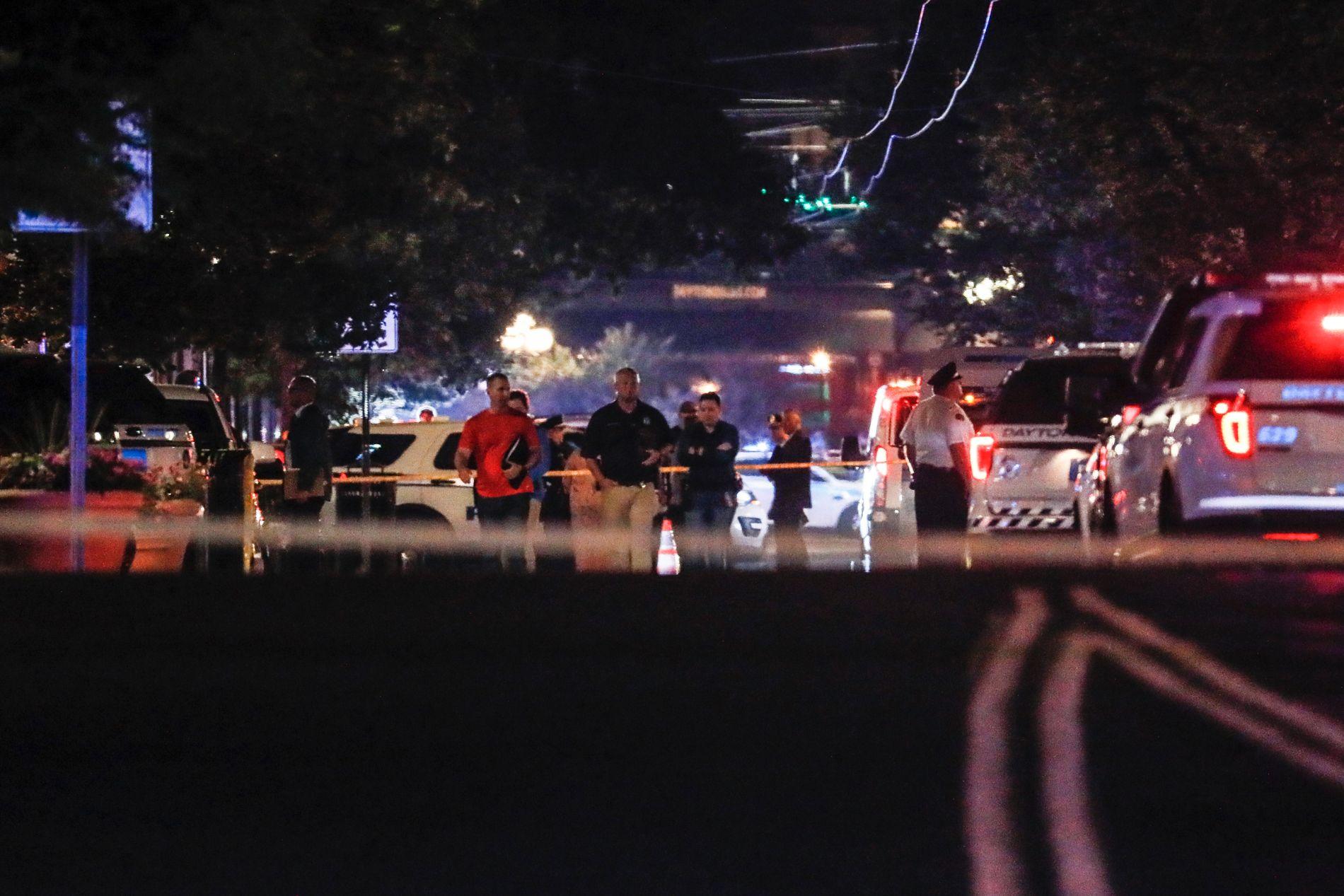 STOR UTRYKNING: Dette bildet er tatt ved åstedet i Dayton, Ohio. Et større område er sperret av.