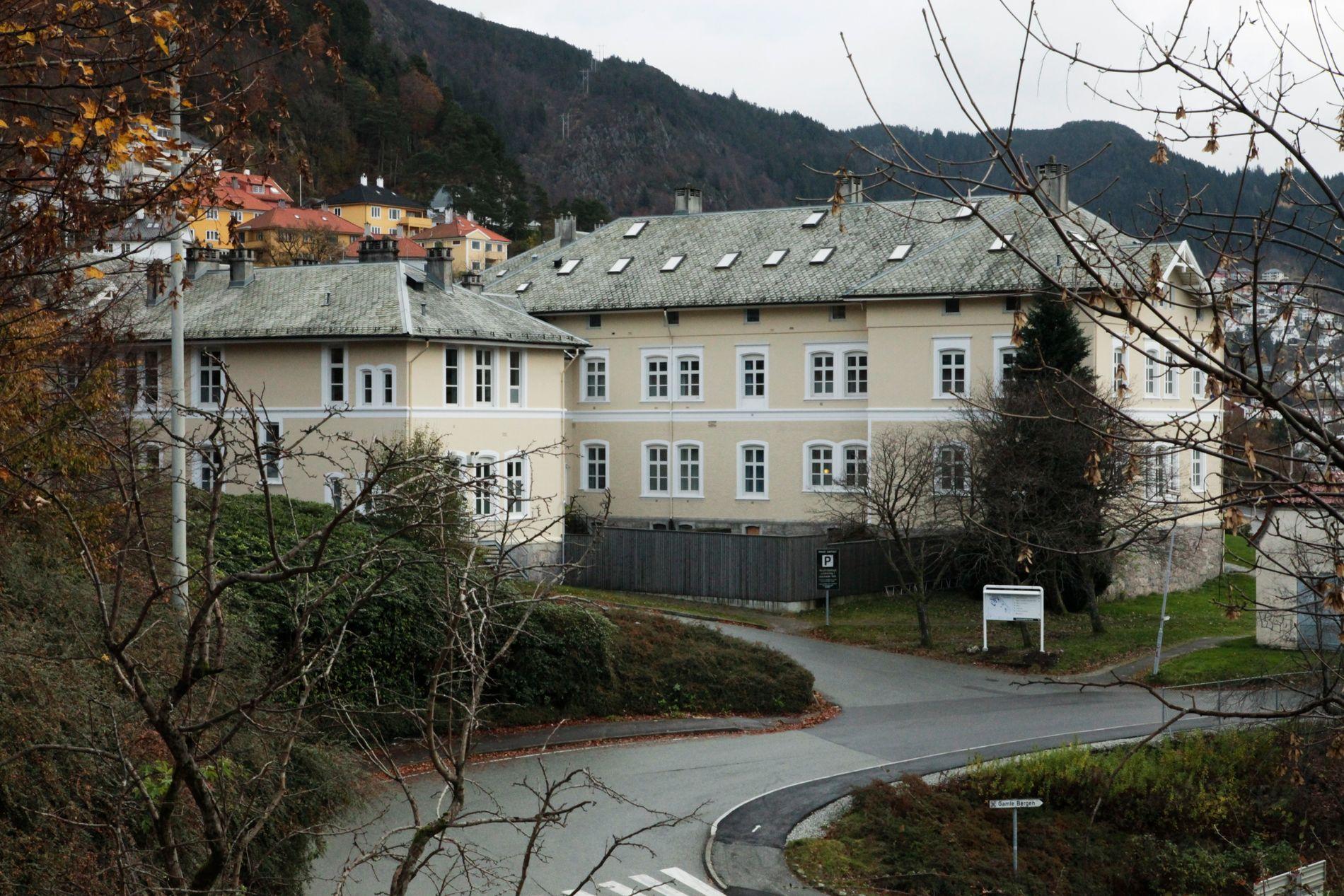 NEDGANG: Sandviken sykehus i Bergen halverte bruken av tvangsmidler i fjor etter å ha toppet den nasjonale kartleggingen.