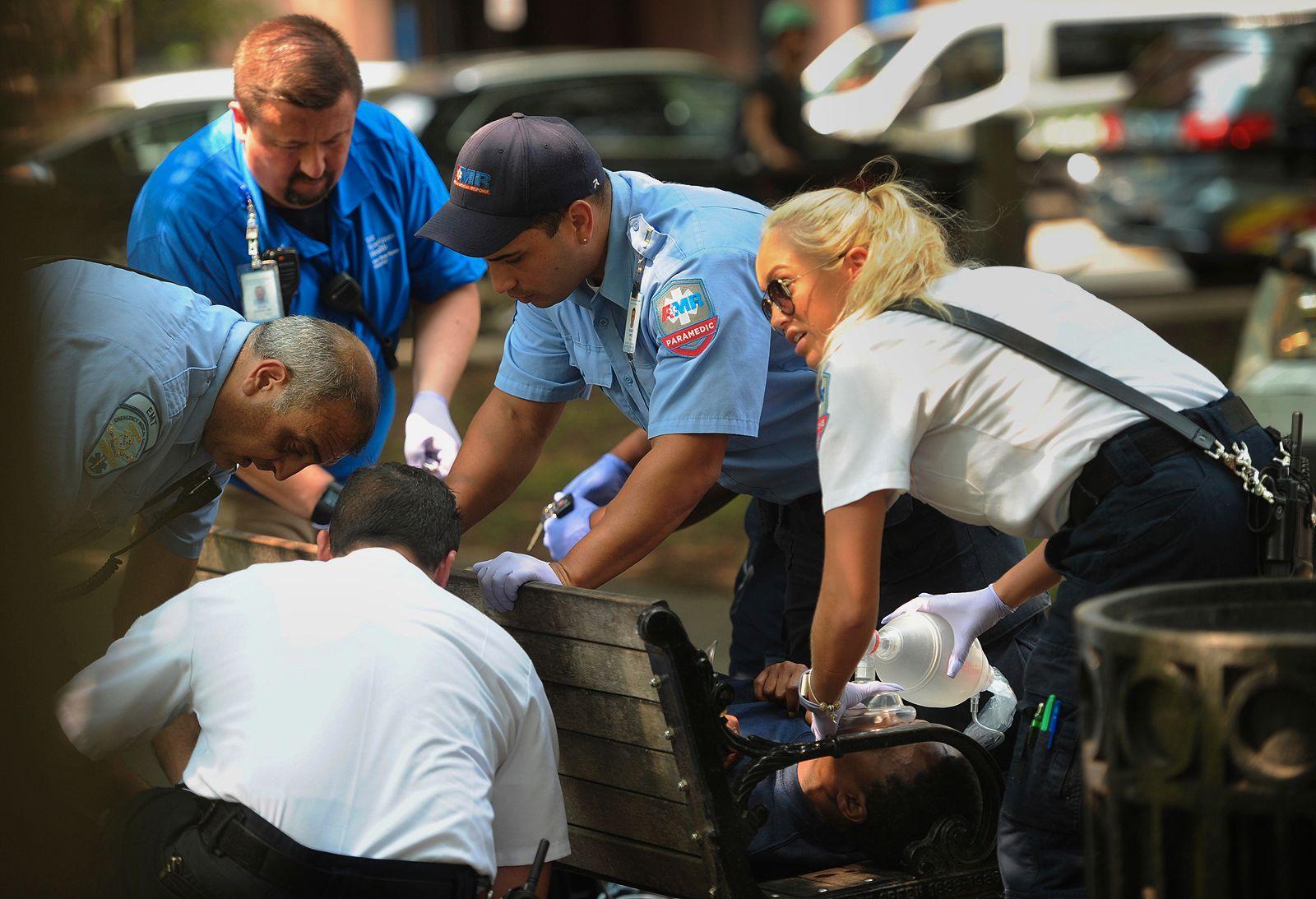 SIMULTANOVERDOSE: Over 70 personer ble fraktet til sykehus etter å ha tatt overdoser av det syntetiske marihuana-stoffet K2.