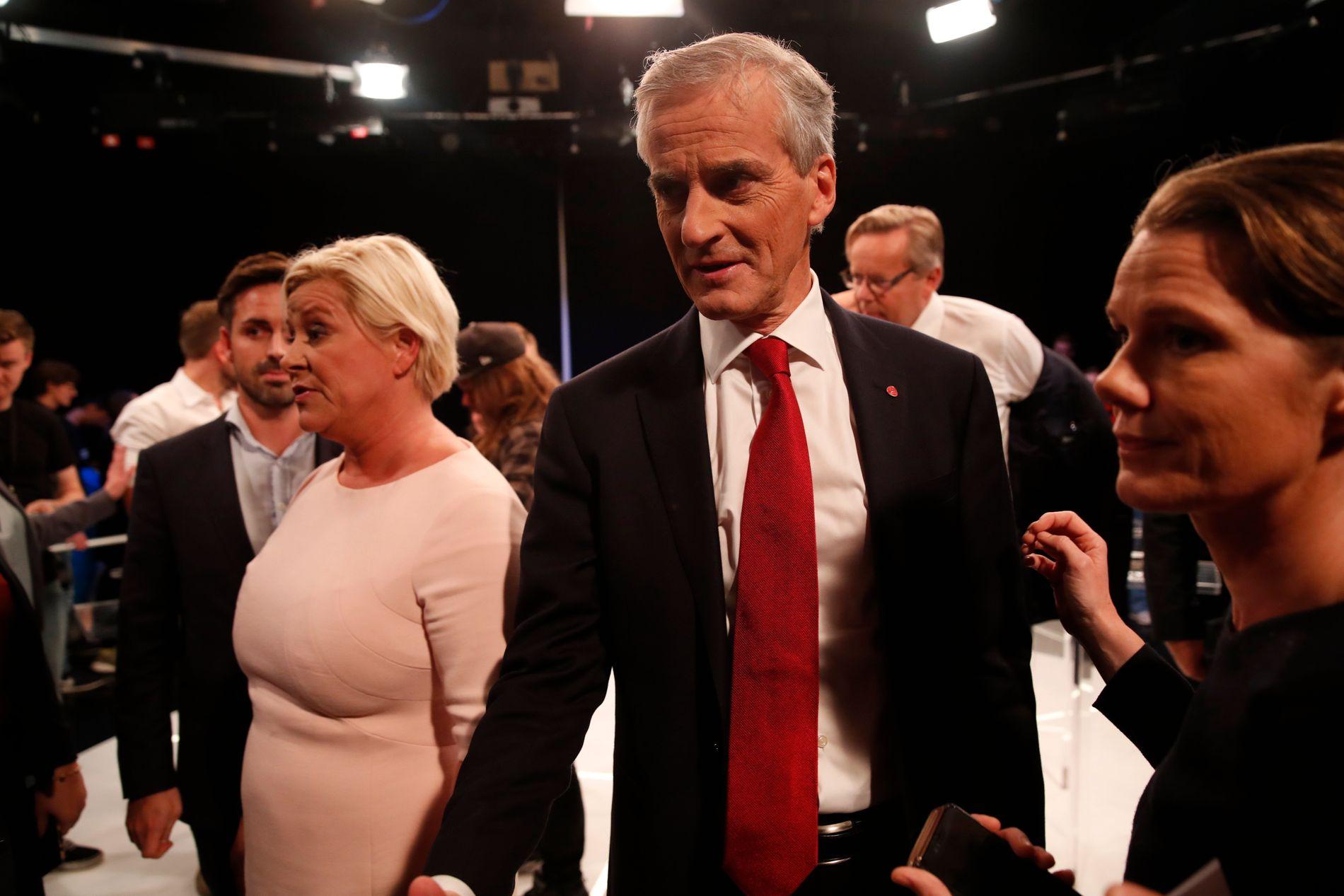 SAMARBEID GIR SEIER: Jonas Gahr Støre (AP) og Siv Jensen (Frp) etter partilederdebatten på TV2 torsdag kveld.