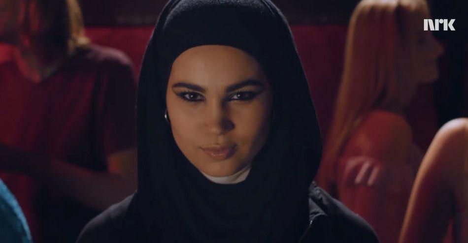 NY HOVEDPERSON: Slik blir Sana presentert i den nye traileren for «Skam»