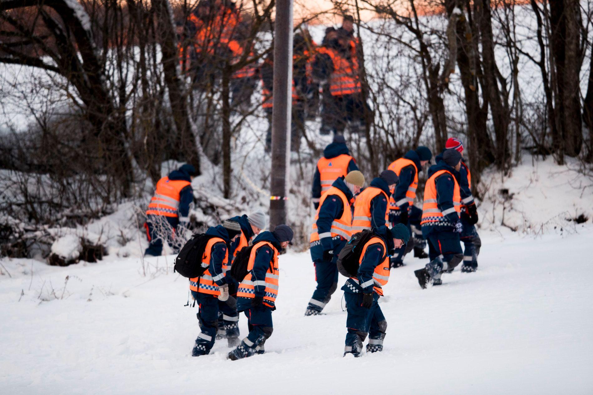 LETEAKSJON: Mannskap fra Sivilforsvaret bidro i januar i leteaskjonen etter  Janne Jemtland i Brumunddal.