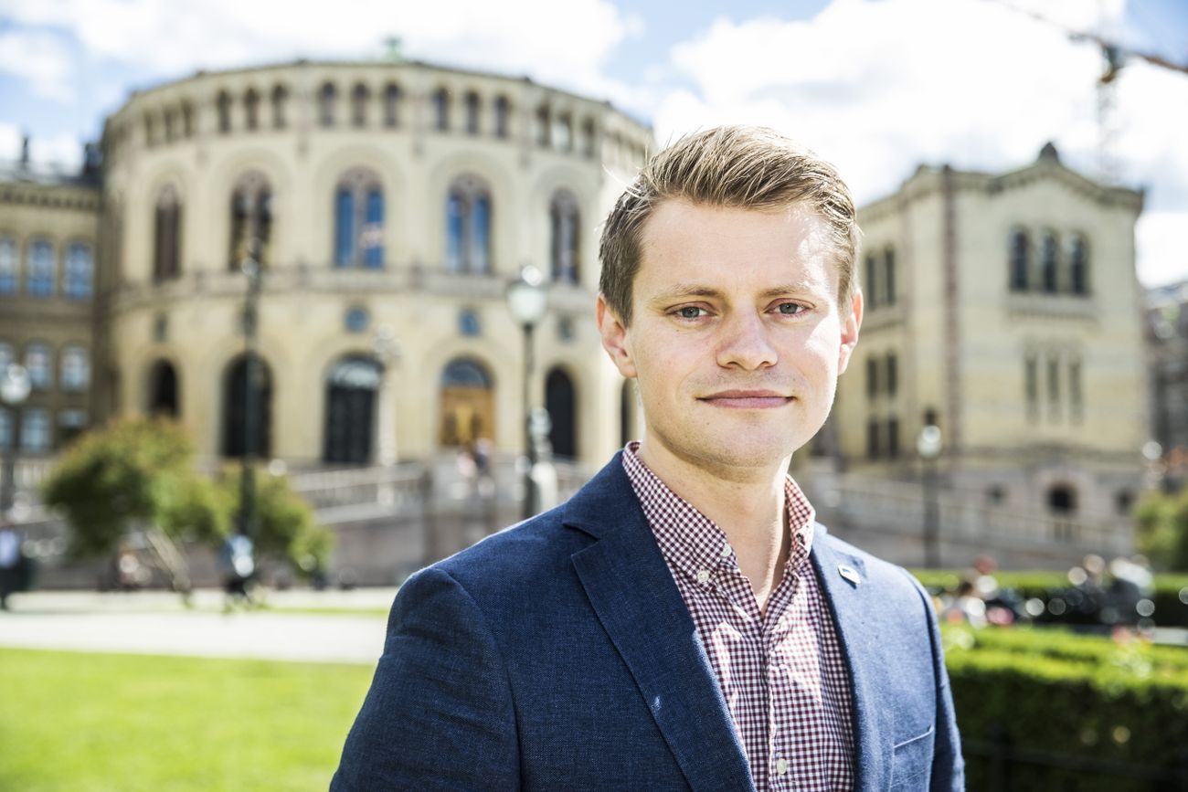 KRITISK: Peter Frølich.
