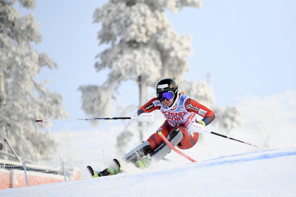 FORMEN INNE: Maren Skjøld har levert svært gode resultater så langt i vinter. Her er hun under verdenscupen i slalåm i Kittilä i november.