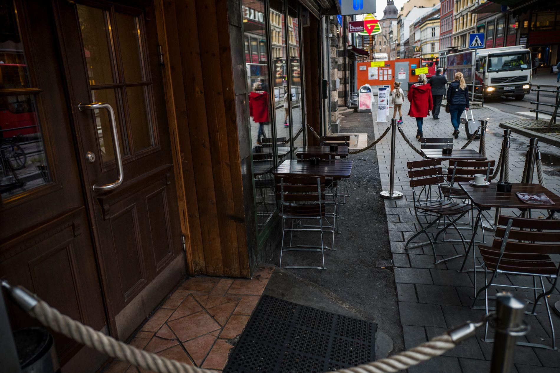 STARTEN: Det var ved denne puben i Oslo sentrum at de danske undercover-agentene presenterte seg som kriminelle overfor Metkel Betews påståtte narkoliga for første gang i fjor vår.