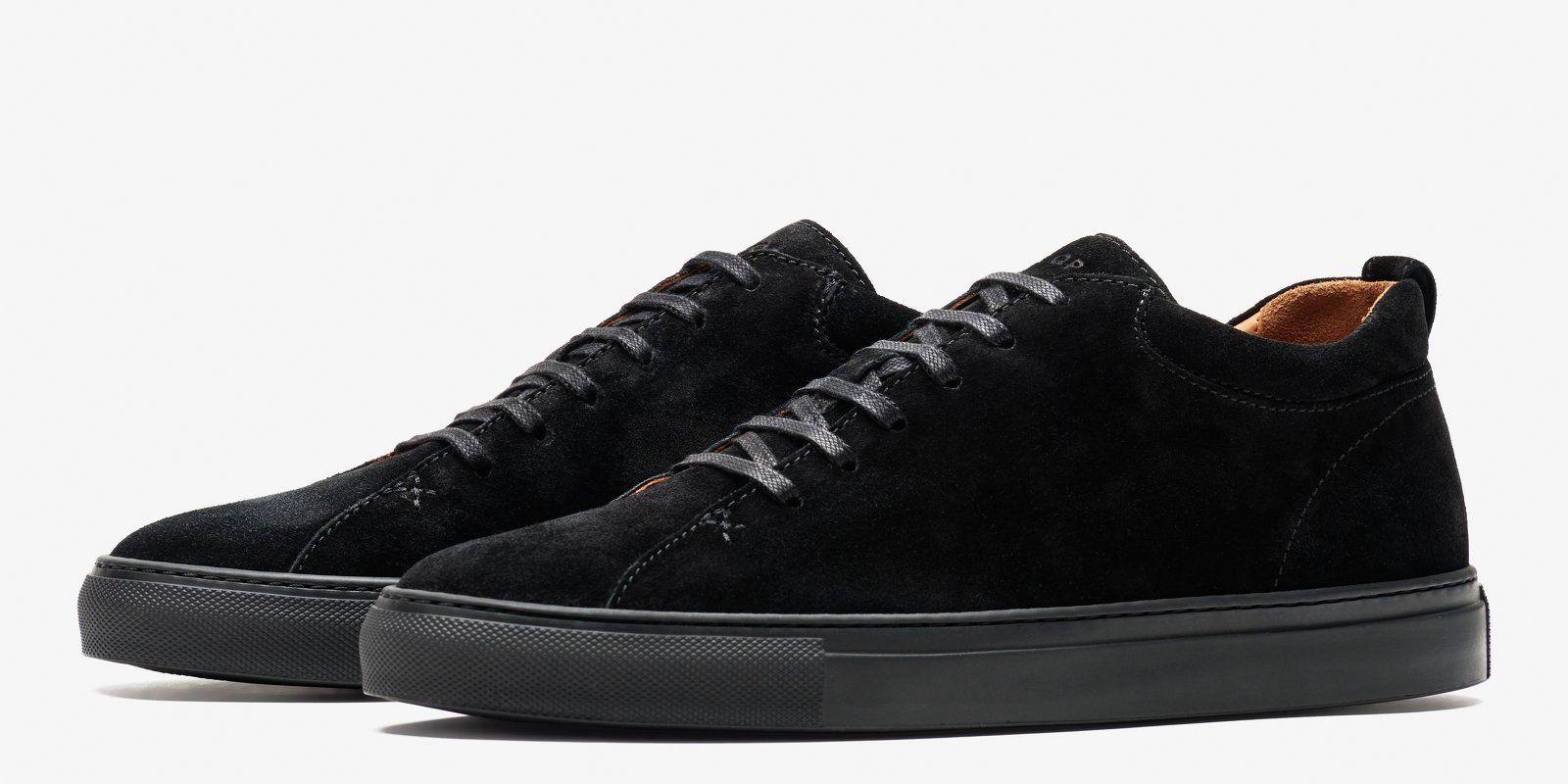 193d31cf STØRES FOTTØY: Det var disse semskede skoene fra C. QP Ap-lederen måtte ty  til. Pris: 232 Euro.