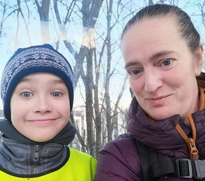 MOR OG SØNN: Jeg er, som de fleste mødre, mamma til verdens fineste unger, skriver Therese Hongrø, her sammen med sønnen Nicolai.