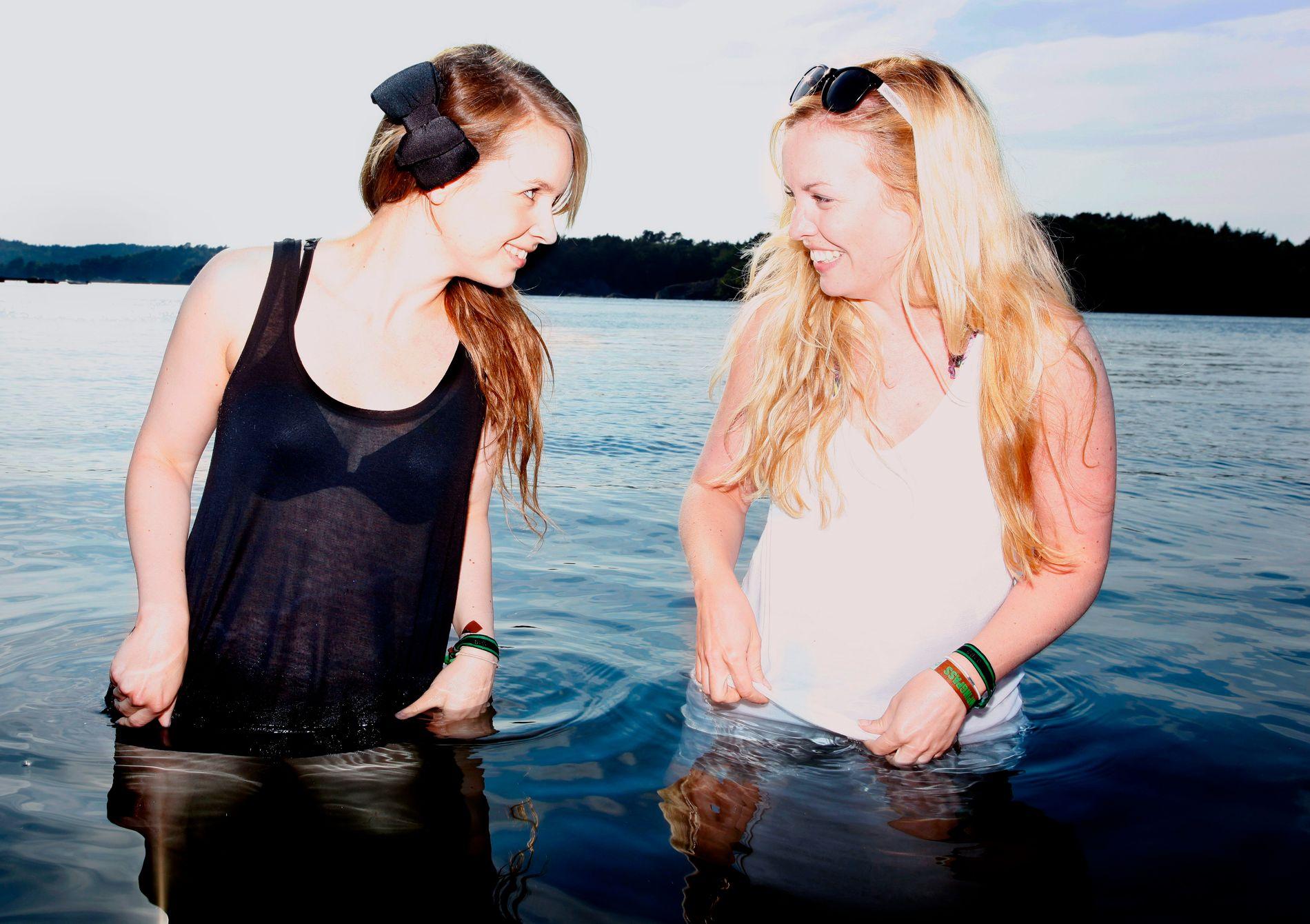 PARTNERE LENGE: Christine Dancke (t.v.) og Silje Larsen Borgan på Hovefestivalen i 2010. Da hadde de nylig startet DJ-duoen Hoetell, som holder på fortsatt.