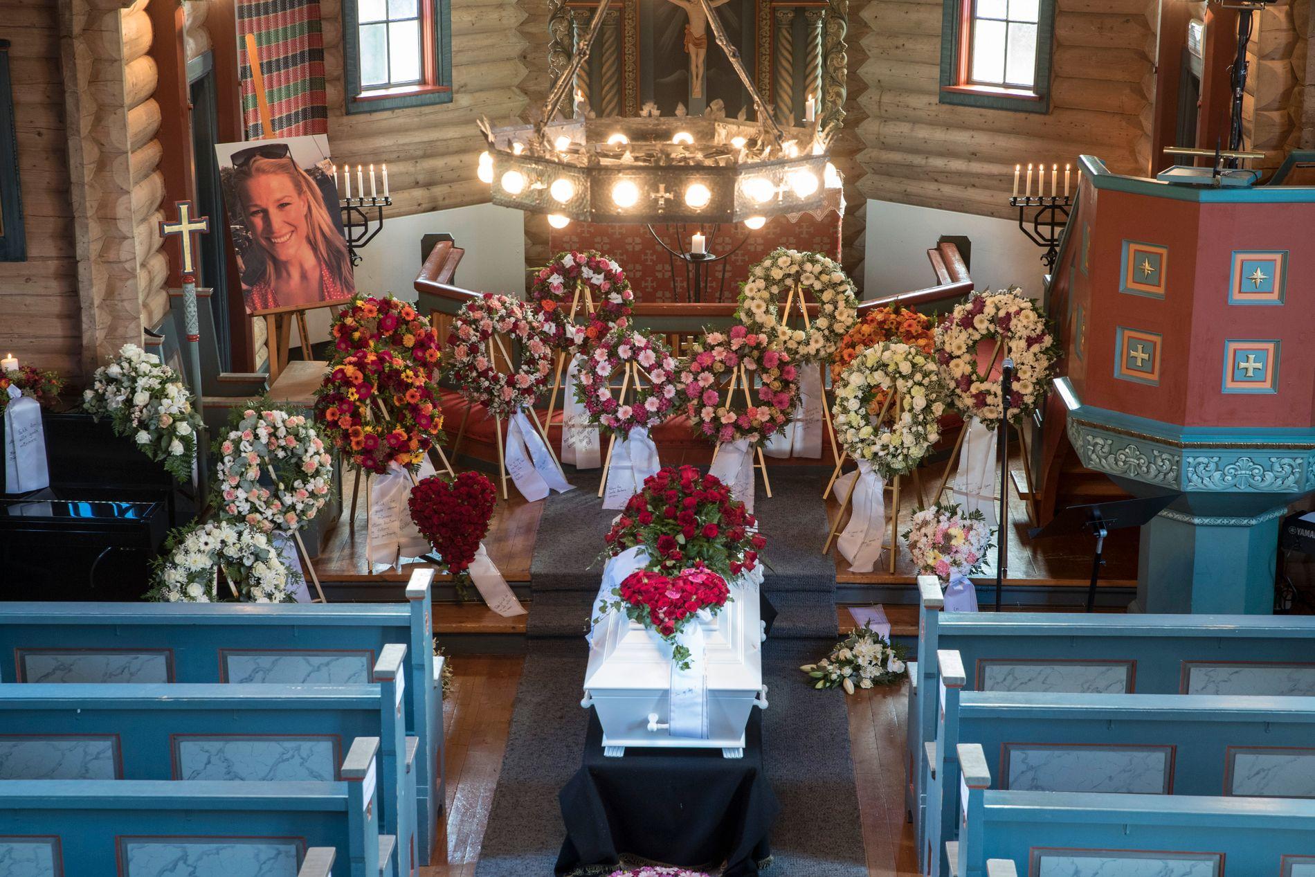 I KIRKEN: Bildet er fra Ida Eides begravelse i Lidar Kirke i Øystre Slidre.