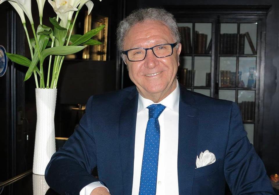 Tidligere ambassadør ved den iranske ambassaden i Oslo og medlem av det iranske motstandsrådet NCRI, Perviz Khazai, er kritisk til Sandbergs Iran-engasjement.